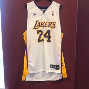 Lakers jersey Bryant